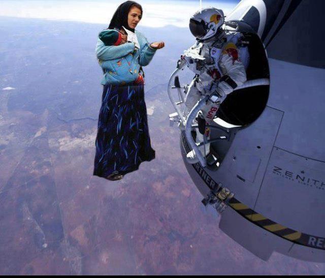 Ţiganii cerşetori şi saltul supersonic al lui Felix Baumgartner